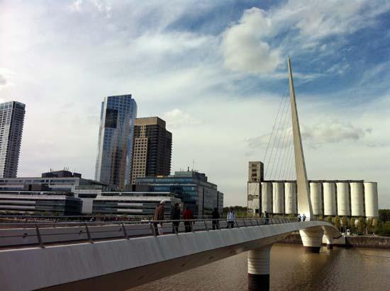 Buenos_Aires_Puente_de_la_Mujer_Argentina