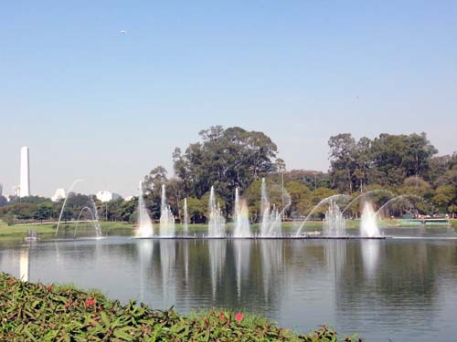 Parque_Ibirapuera_lago_Sao_Paulo