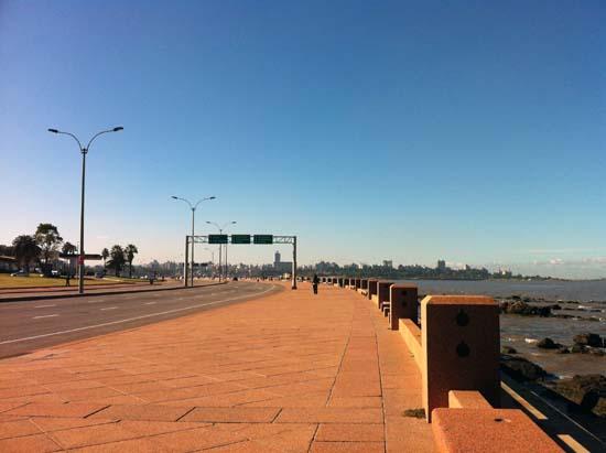 montevideu_rambla_uruguai